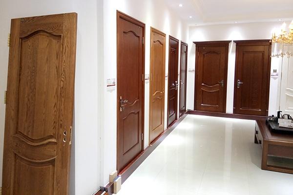 实木门和实木复合门根据区别及优缺点是什么